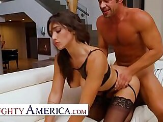 Super sexy babe Brooklyn Gray, tries on lingerie for her freind's dad