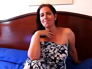 Mature hot mommy can't take it any more and will fuck her son's friend