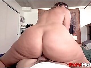 Sexy Big Ass Horny Stepmom Helena Price Sits On Stepson's Cock And Bounces On It Until She Cums POV