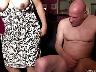 Tasty thick chick enjoys hardcore sex and spunk in her mouth