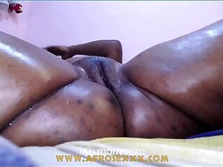 Cheating Indian bbw desi get pussy fucked by big dildo